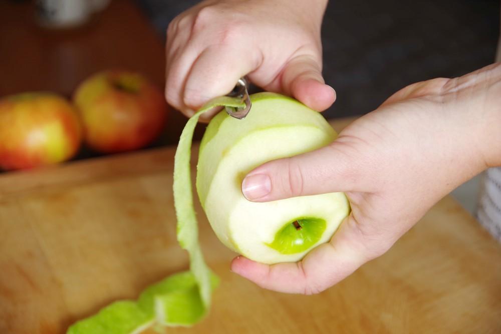 homemade-apple-pie-apple
