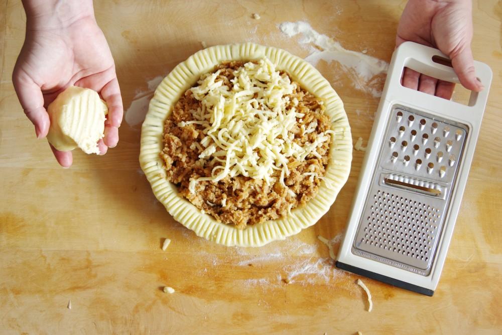 homemade-apple-pie-topping