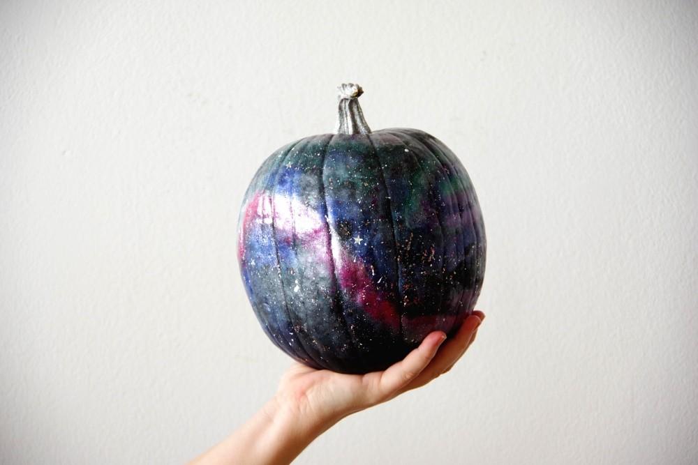 How-To: Make Galaxy Art Pumpkin